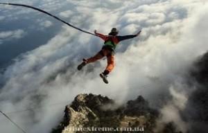Прыжки со скалы Ай-Петри