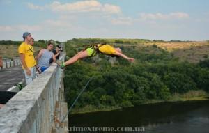 Прыжки с моста в Одесссе