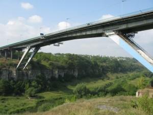 Прыжки с моста в Каменец-падольске