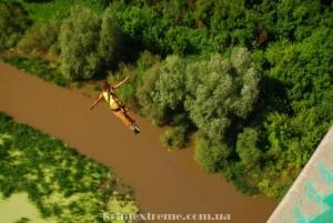 Прыжок с моста в Украине