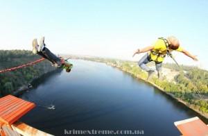 Прыгнуть с моста в Запорожье